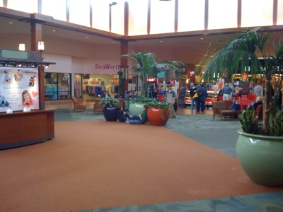 McKinley Mall, which opened in , is a shopping mall in Buffalo, New York, United States. The mall is located in Hamburg, New York at the intersection of McKinley Parkway and Milestrip Road (New York State Route ) immediately east of I and the New York State manakamanamobilecenter.tk retail floor area: , square feet (74, m²).